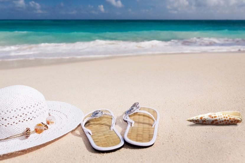 beach-3369140_960_720